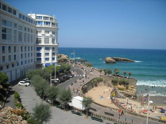 Biarritz Coast line - France Rugby Tours