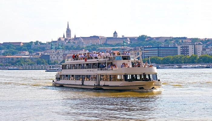 Danube Boat Cruise - Irish Rugby Tours To Budapest